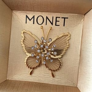 MONET New In Box 3D Butterfly Brooch Gold/Crystal